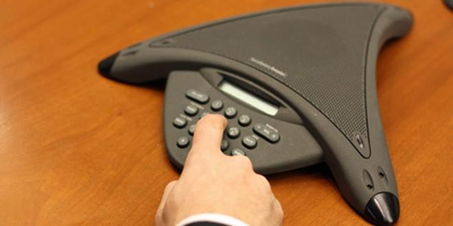 Comment choisir un téléphone d'audioconférence?