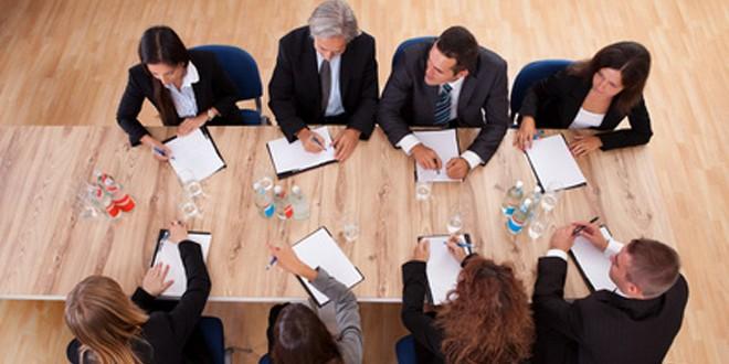 Comment choisir une table de réunion?