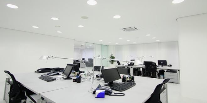 AFNOR vient de publier une norme sur l'éclairage au bureau